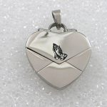 Ladies Praying Hands Locket